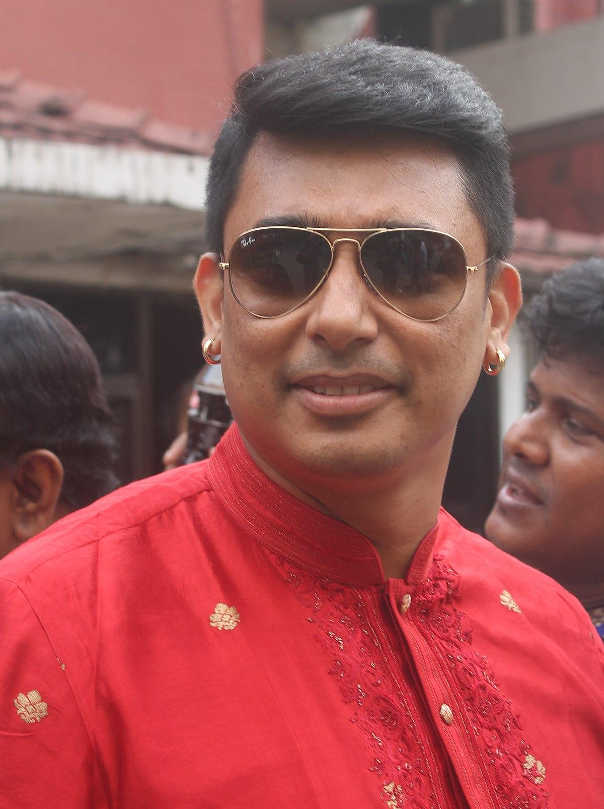 জায়েদ খান